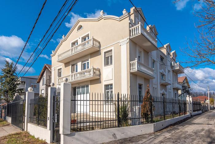 Dom za stare Royal - DOM ZA STARE ROYAL - 1