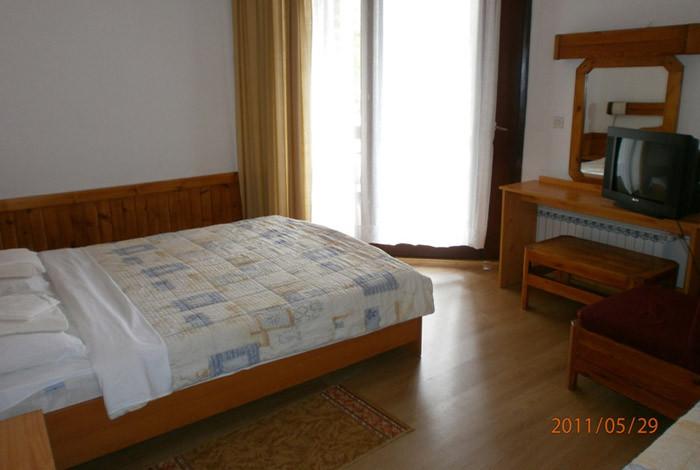 Hotel Golubački grad - PONUDA SMEŠATAJA - 1