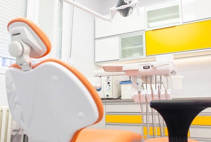 Stomatološka ordinacija Crown Dental - O NAMA - 1