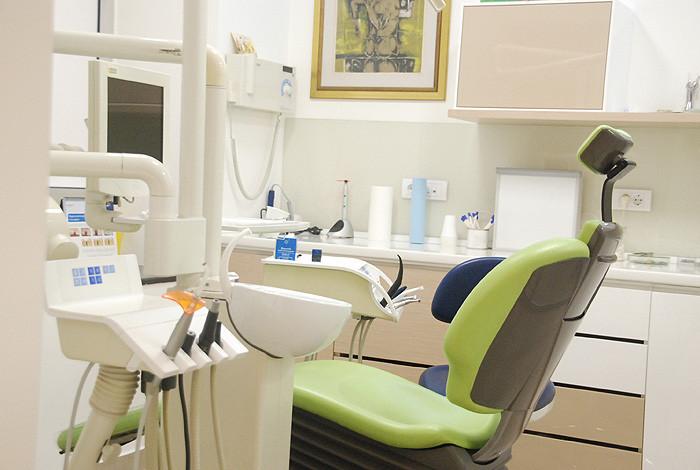Dental studio Savić & Team - O NAMA - 1