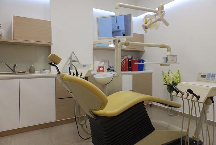Dental studio Savić & Team - STOMATOLOŠKA PROTETIKA - 1