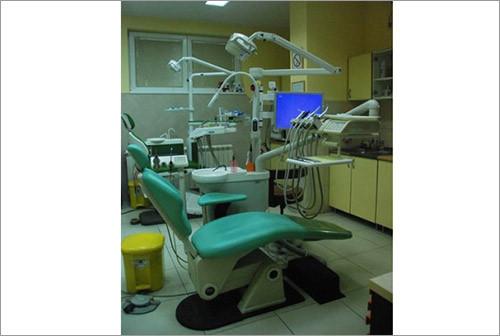 Stomatološka ordinacija maxim dent - ESTETSKA STOMATOLOGIJA I ORTODONCIJA - 1
