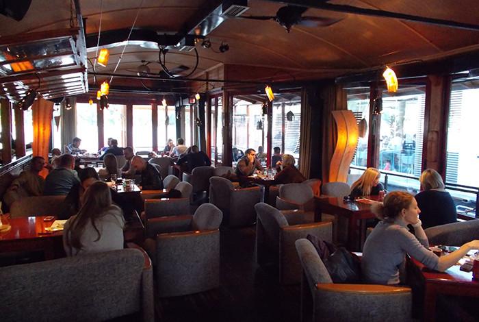Cocktail bar cruise - O NAMA - 1
