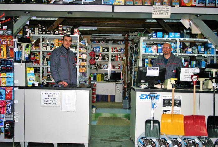 Shop invest - AUTO DELOVI - 1