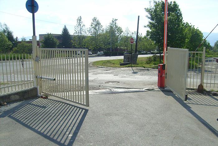 Gates - GATES - 1