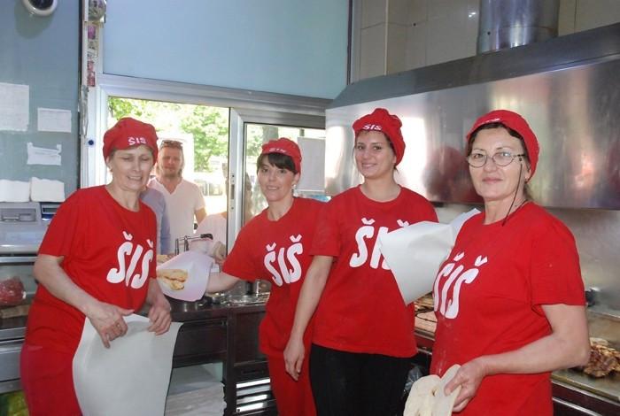 Fast food šiš ćevap - O NAMA - 1